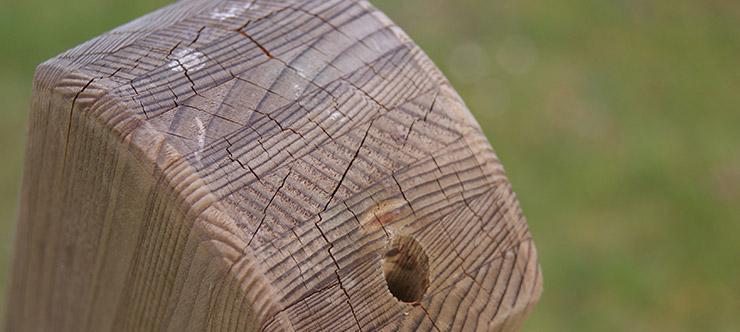 Hängemattengestell aus Holz Detailsaufnahme